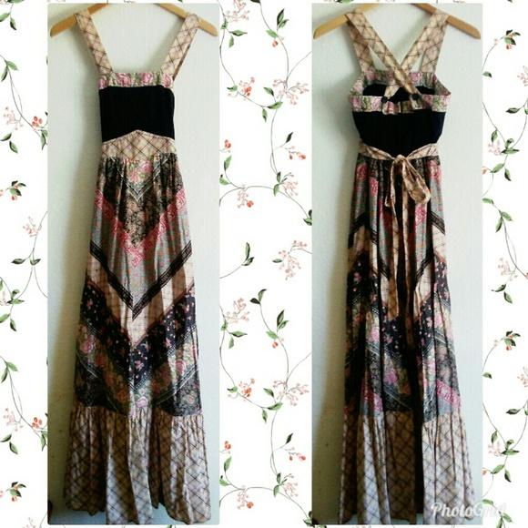 cc165154466 Vintage 1970 s Prairie Maxi Dress. M 5b982135619745960c5817af